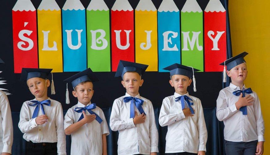 Ślubowanie klasy pierwszej Zespołu Szkół w Piotrkowie